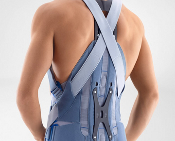 The SofTec Dorso stabilizes the spine after spinal fractures, in cases of osteoporosis, and post-operatively following spondylodeses.
